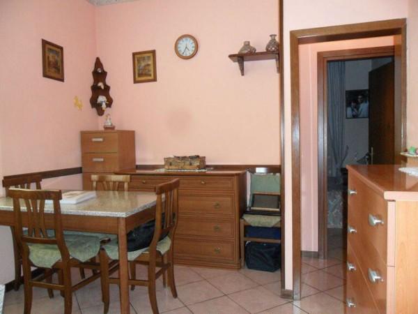 Appartamento in vendita a Modena, 52 mq