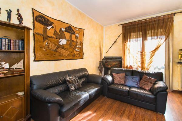 Appartamento in vendita a Torino, 90 mq
