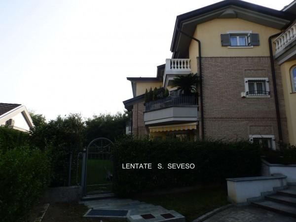 Appartamento in vendita a Lentate sul Seveso, Con giardino, 145 mq