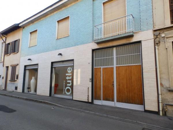 Immobile in vendita a Seregno, Semicentrale, 605 mq