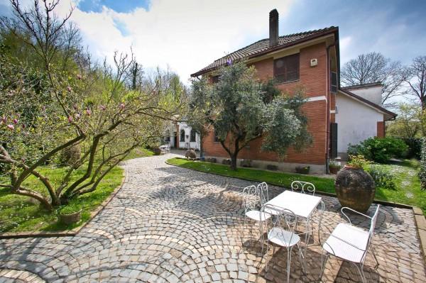 Villa in vendita a Rocca di Papa, Con giardino, 305 mq - Foto 1