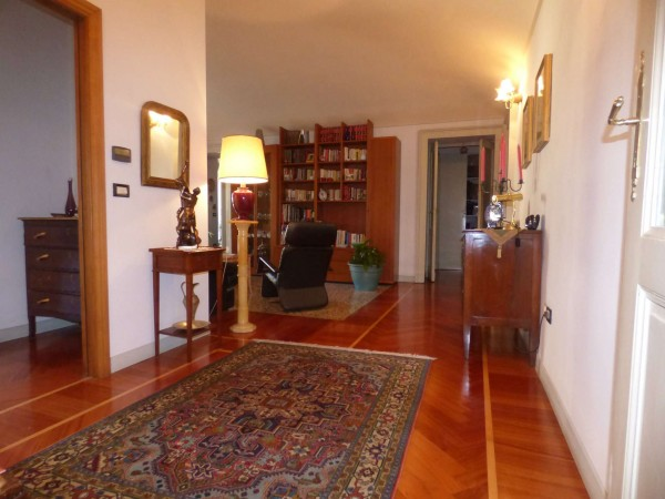 Appartamento in vendita a Torino, Con giardino, 130 mq
