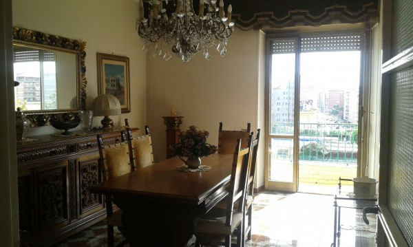 Appartamento in vendita a Roma, Piazza Asti, 150 mq