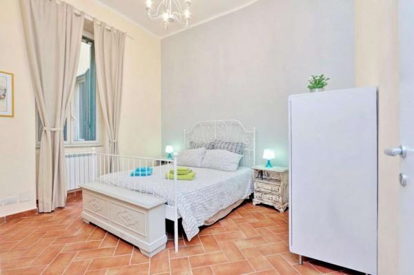 Locale Commerciale  in vendita a Roma, Monti, Arredato, 120 mq