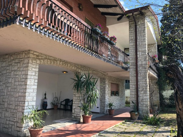 Villa in vendita a Bettona, Passaggio Di Bettona, Con giardino, 360 mq