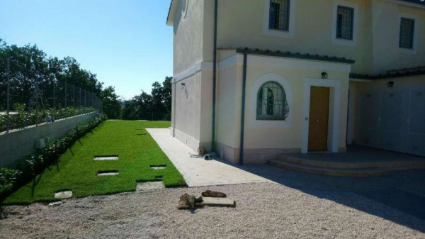 Villetta a schiera in affitto a Formello, Le Rughe, Con giardino, 120 mq - Foto 2