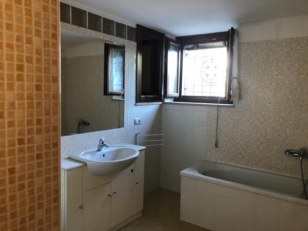 Appartamento in vendita a Torgiano, Pontenuovo, 70 mq