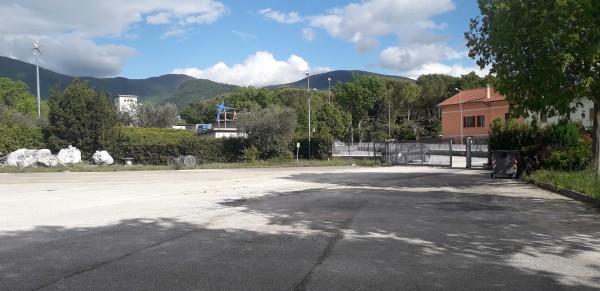 Locale Commerciale  in affitto a Spoleto, Ss.flaminia, 1200 mq