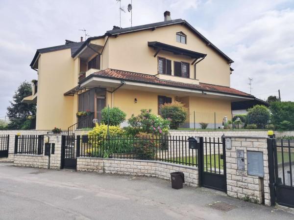 Villa in vendita a Lacchiarella, Mettone, Con giardino, 220 mq - Foto 1