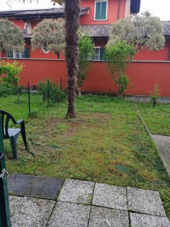 Appartamento in vendita a Crespiatica, Residenziale, Con giardino, 99 mq