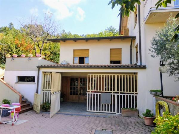 Villa in vendita a Città di Castello, Belvedere, Con giardino, 260 mq