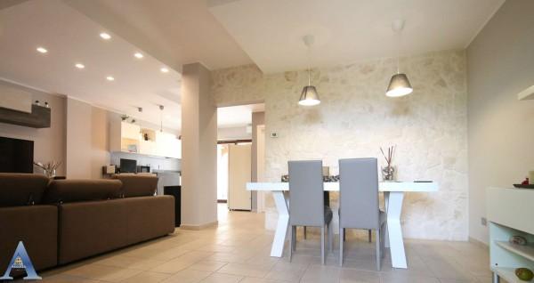 Villa in vendita a Taranto, Lama, Con giardino, 128 mq