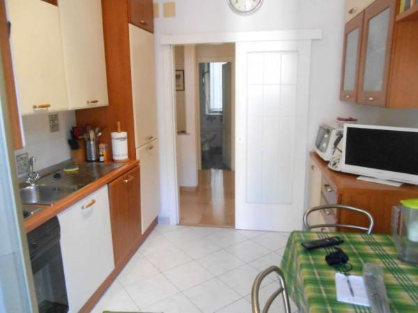 Appartamento in vendita a Genova, Adiacenze Via Berno, 79 mq