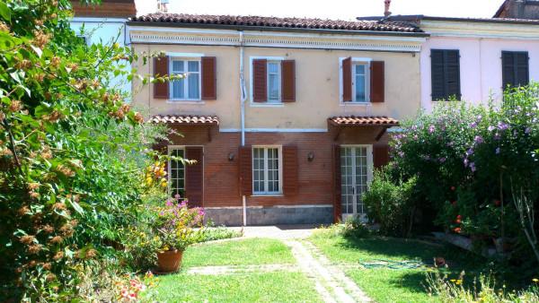 Casa indipendente in vendita a Alessandria, Litta Parodi, Con giardino, 100 mq