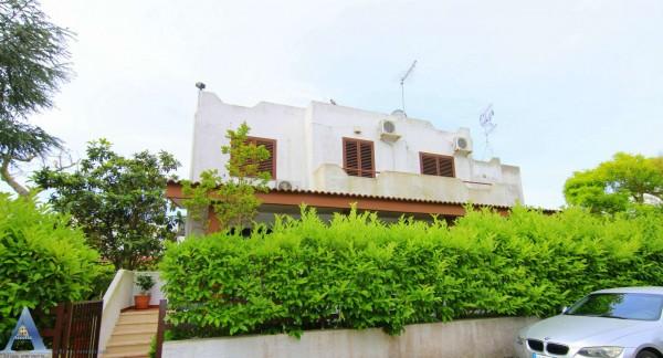 Villa in vendita a Taranto, Talsano, Con giardino, 204 mq