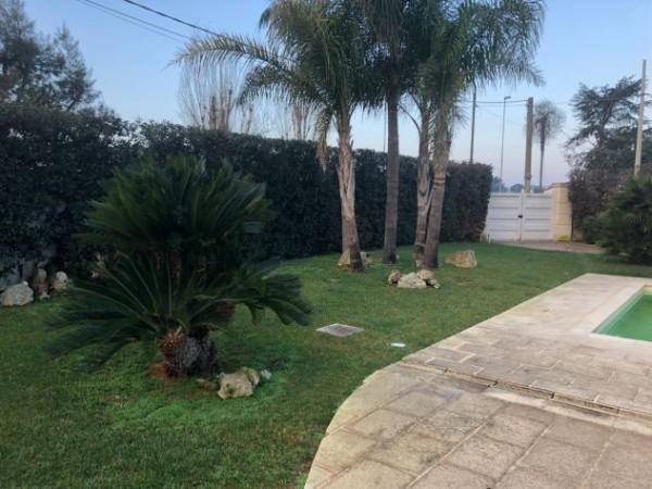 Villa in vendita a Lecce, Consevatorio, Con giardino, 300 mq