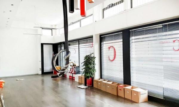 Negozio in vendita a Milano, Affori, 168 mq