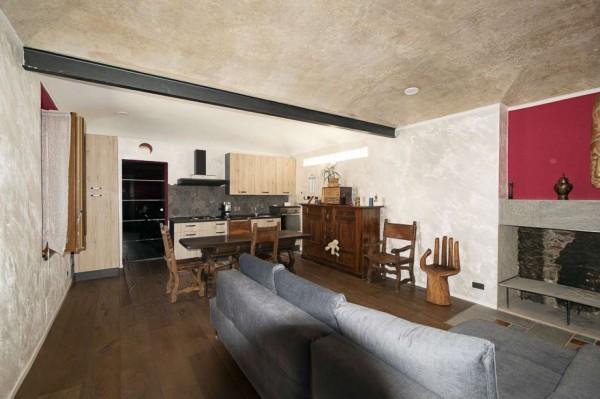 Appartamento in vendita a Venaria Reale, Centro Storico, Arredato, 82 mq
