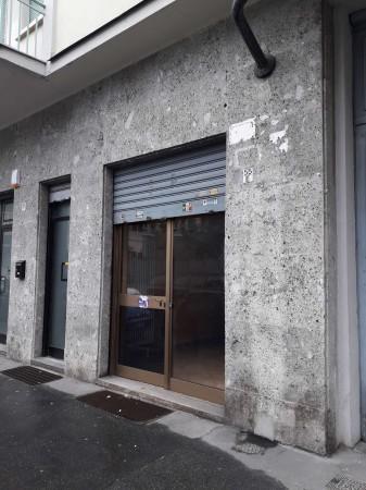 Negozio in vendita a Torino, Corso Siracusa, 53 mq