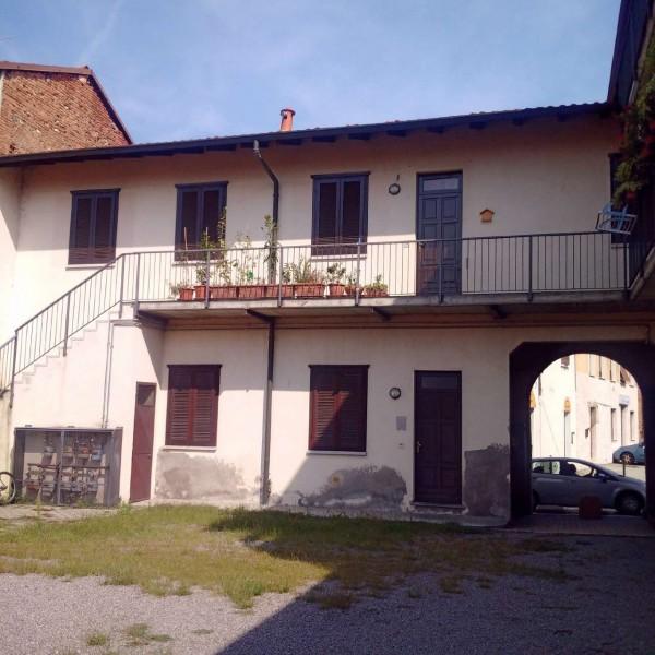 Immobile in vendita a Gorla Minore, Ospedale, Con giardino, 904 mq