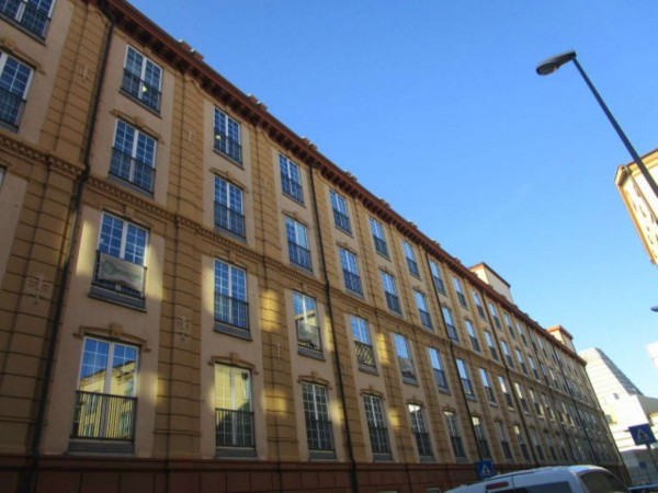 Ufficio in vendita a Genova, Sampierdarena Fiumara, 680 mq