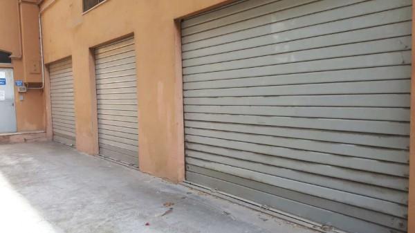 Locale Commerciale  in affitto a Roma, Villa Gordiani, 330 mq