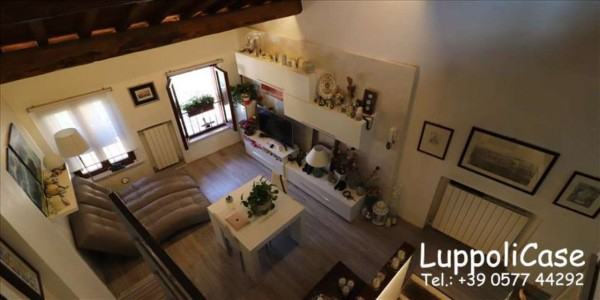 Appartamento in vendita a Siena, 76 mq
