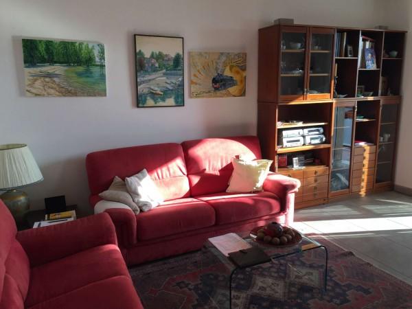 Appartamento in vendita a Gavirate, Centro, Con giardino, 86 mq