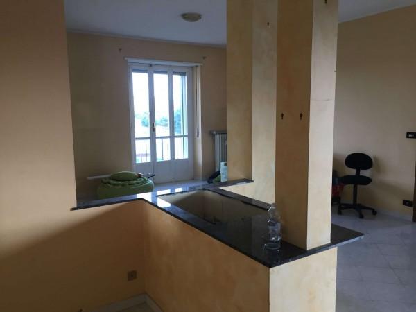 Appartamento in vendita a Venaria Reale, Con giardino, 100 mq