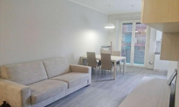 Appartamento in affitto a Milano, Zara, Arredato, 73 mq