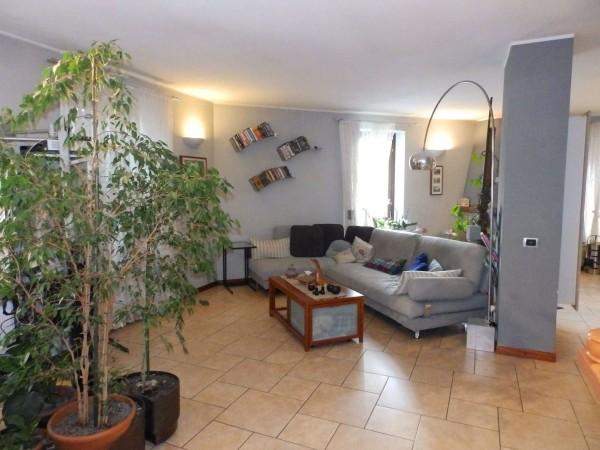 Appartamento in vendita a Seregno, San. Rocco, Con giardino, 220 mq