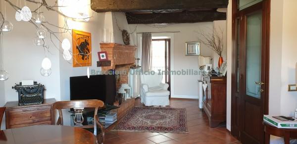 Casa indipendente in vendita a Trevi, Centro Storico, 90 mq - Foto 2