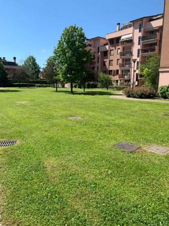 Villa in vendita a Rozzano, Residenza Pascoli, Con giardino, 170 mq