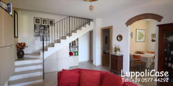 Appartamento in vendita a Murlo, Con giardino, 87 mq