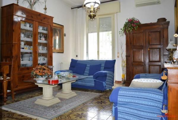 Appartamento in vendita a Forlì, Medaglie D'oro, Con giardino, 100 mq