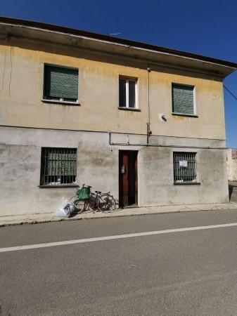 Casa indipendente in vendita a Boffalora d'Adda, Centro, Con giardino, 160 mq