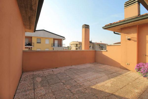 Appartamento in vendita a Cassano d'Adda, Vallette, Con giardino, 130 mq - Foto 2