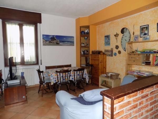 Appartamento in vendita a Senago, Mascagni, 80 mq