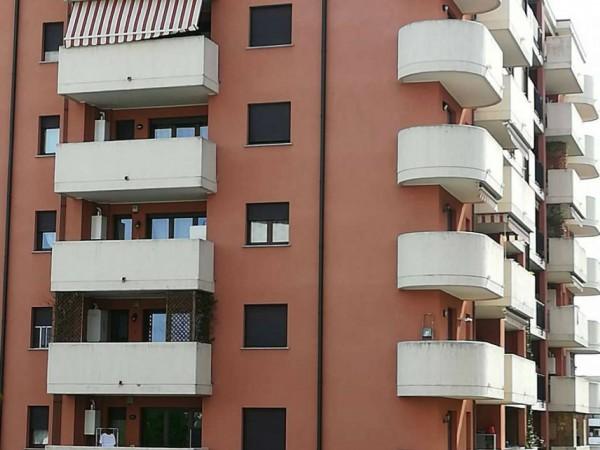 Appartamento in vendita a Busto Arsizio, Villini, Con giardino, 57 mq