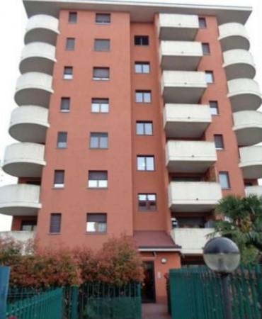 Appartamento in vendita a Busto Arsizio, Madre Teresa Di Calcutta, Con giardino, 57 mq - Foto 3