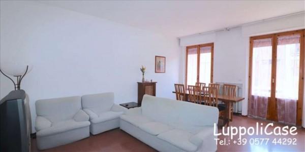 Appartamento in vendita a Siena, 117 mq