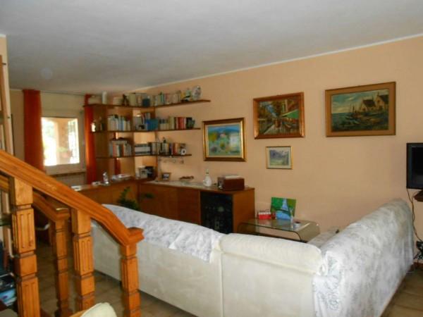 Villa in vendita a Pandino, Residenziale, Con giardino, 168 mq