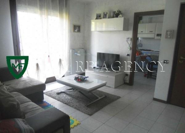 Appartamento in vendita a Induno Olona, Arredato, con giardino, 91 mq