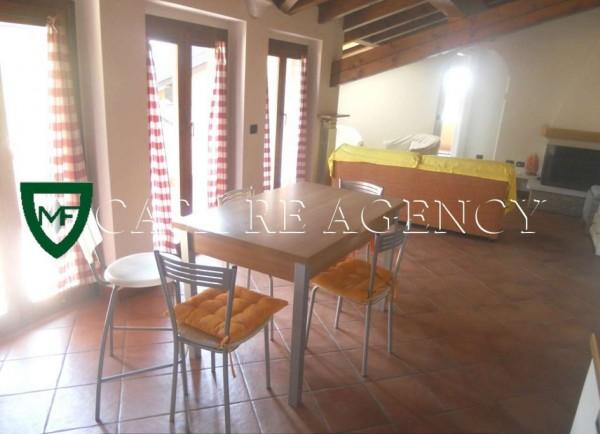 Appartamento in vendita a Varese, Aguggiari, Arredato, 72 mq
