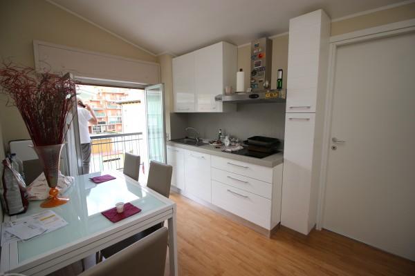 Appartamento in vendita a Alba Adriatica, Mare, 50 mq