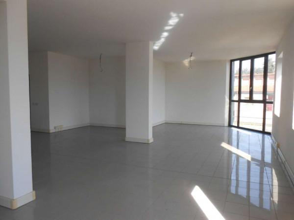 Ufficio in affitto a Madignano, Centro, 156 mq