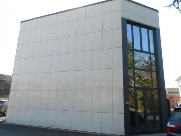 Ufficio in affitto a Madignano, Centro, 200 mq