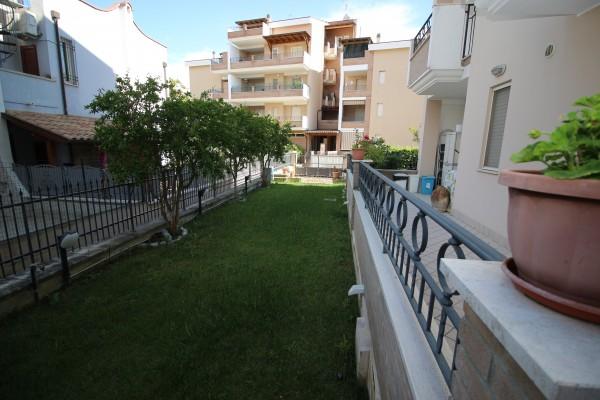 Appartamento in vendita a Tortoreto, Mare, Con giardino, 75 mq