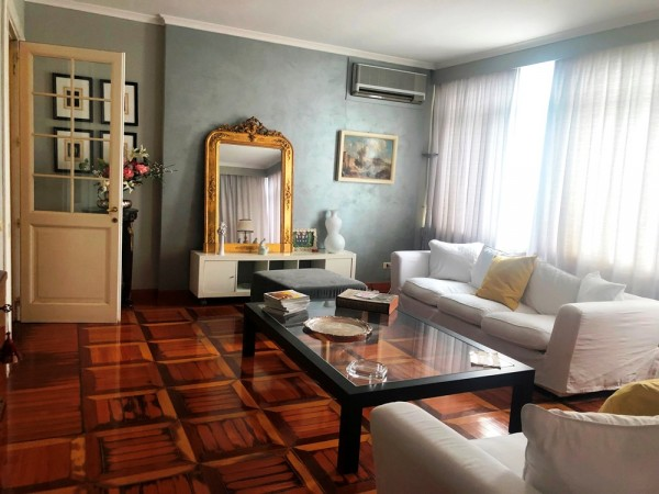 Appartamento in vendita a Perugia, Via Filosofi, 250 mq