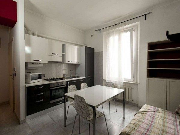 Appartamento in vendita a Venaria Reale, Centrale, Arredato, 38 mq